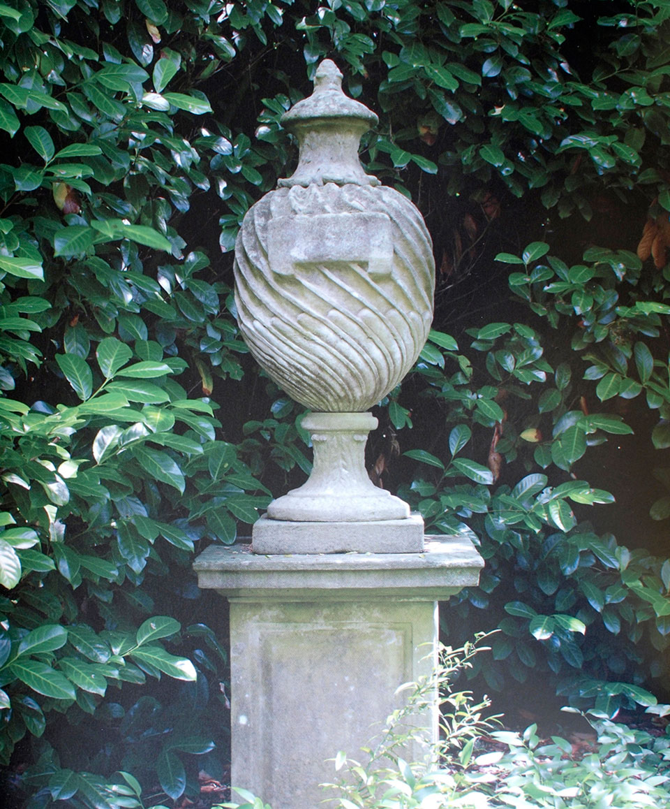 English garden codestone melplash court dorset for Garden design 18th century